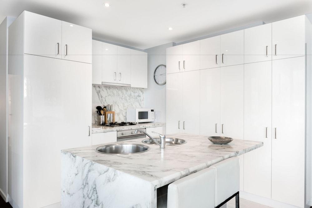 도크랜즈 이그제큐티브 아파트먼츠(Docklands Executive Apartments) Hotel Image 25 - In-Room Kitchen