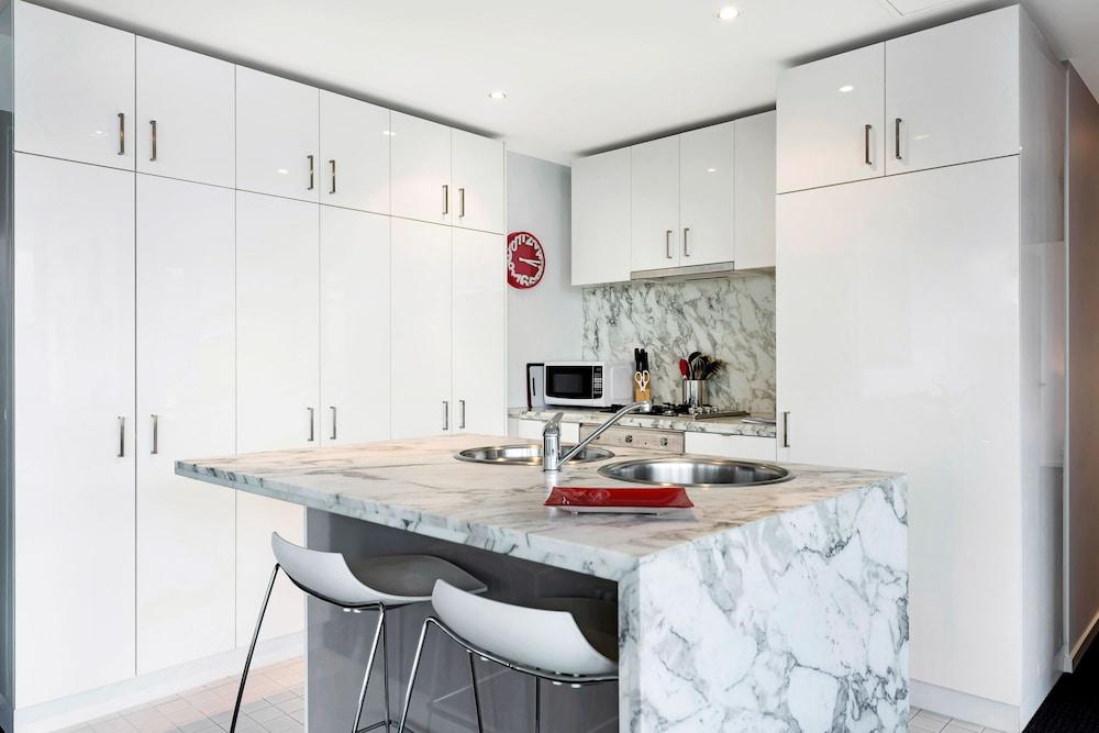 도크랜즈 이그제큐티브 아파트먼츠(Docklands Executive Apartments) Hotel Image 26 - In-Room Kitchen