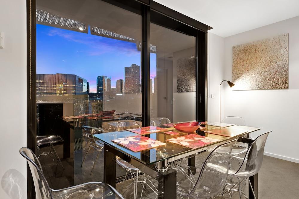 도크랜즈 이그제큐티브 아파트먼츠(Docklands Executive Apartments) Hotel Image 18 - In-Room Dining
