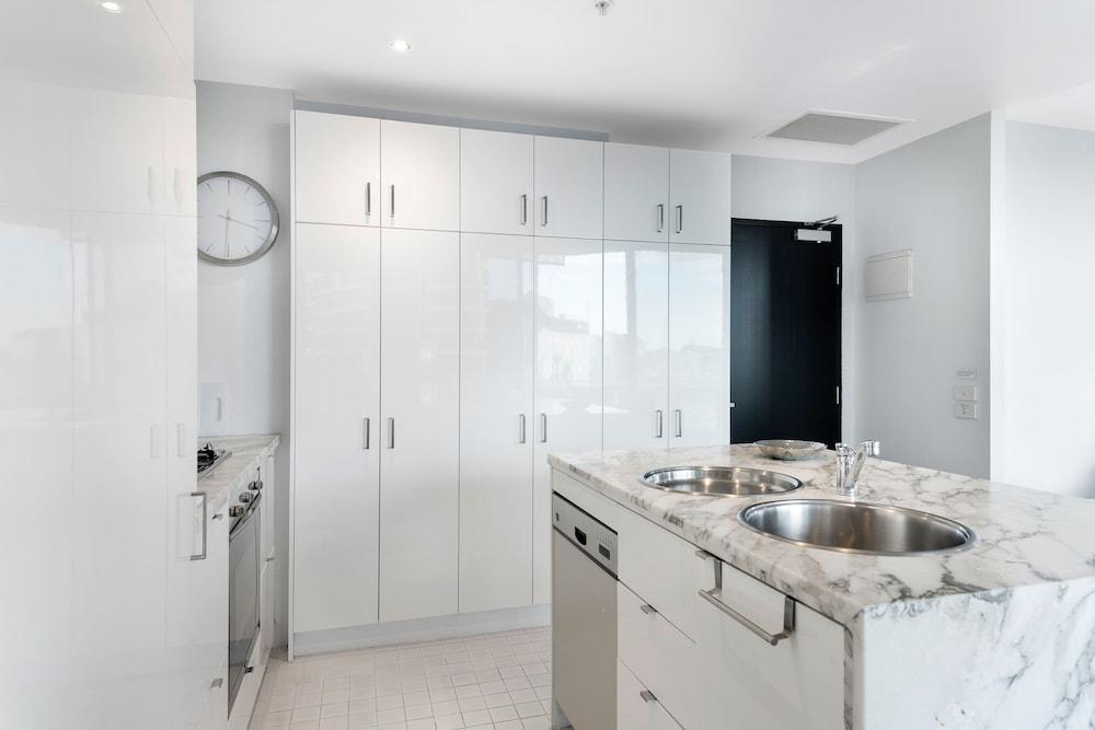 도크랜즈 이그제큐티브 아파트먼츠(Docklands Executive Apartments) Hotel Image 28 - In-Room Kitchen
