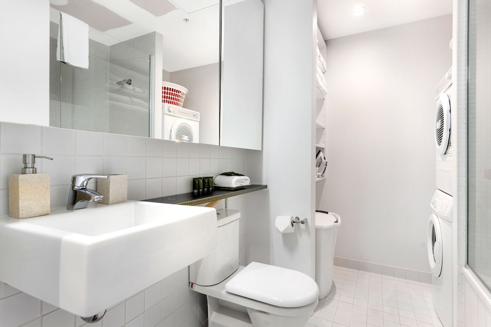도크랜즈 이그제큐티브 아파트먼츠(Docklands Executive Apartments) Hotel Image 58 - Bathroom