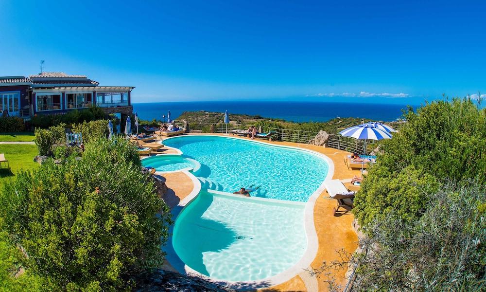 바자로그리아 리조트(Bajaloglia Resort) Hotel Image 44 - Rooftop Pool