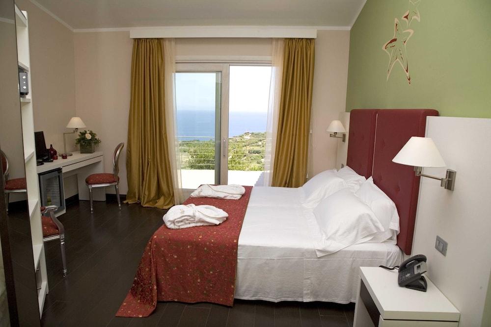 바자로그리아 리조트(Bajaloglia Resort) Hotel Image 10 - Guestroom