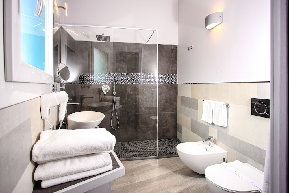 바자로그리아 리조트(Bajaloglia Resort) Hotel Image 33 - Bathroom