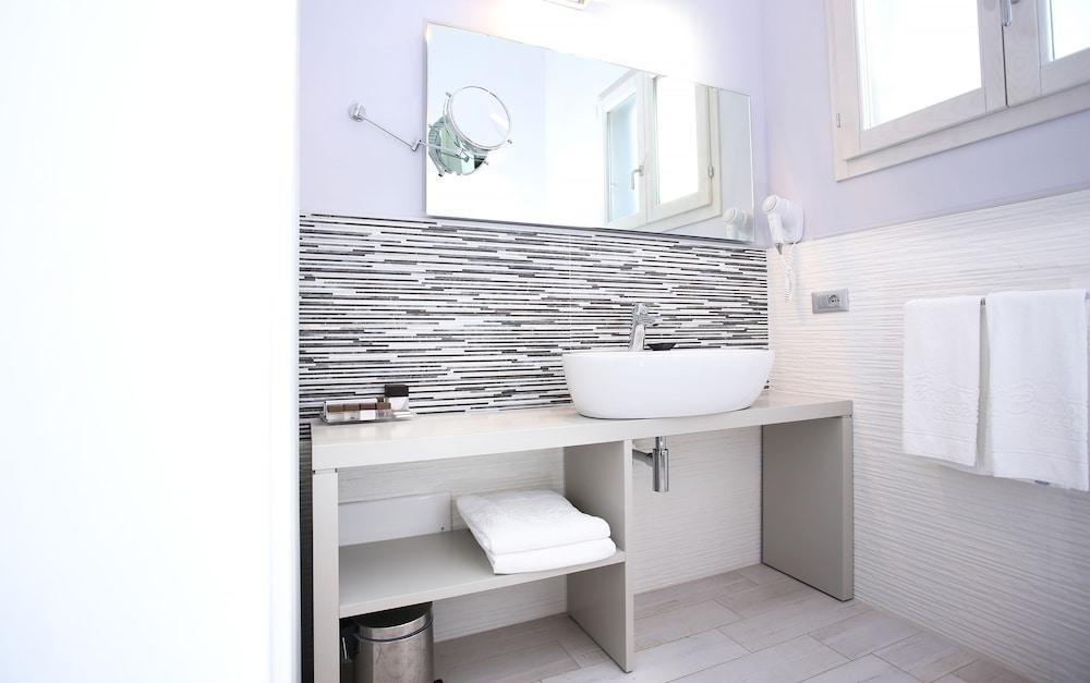 바자로그리아 리조트(Bajaloglia Resort) Hotel Image 31 - Bathroom