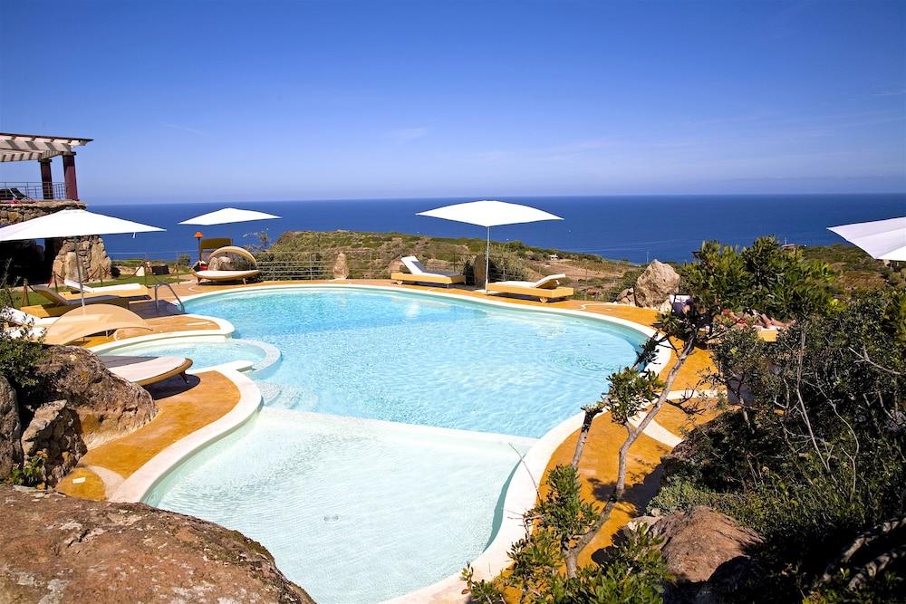 바자로그리아 리조트(Bajaloglia Resort) Hotel Image 0 - Featured Image