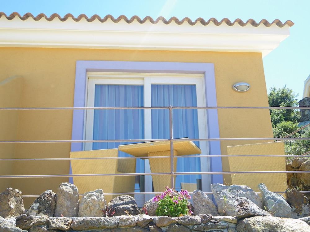 바자로그리아 리조트(Bajaloglia Resort) Hotel Image 24 - Guestroom View