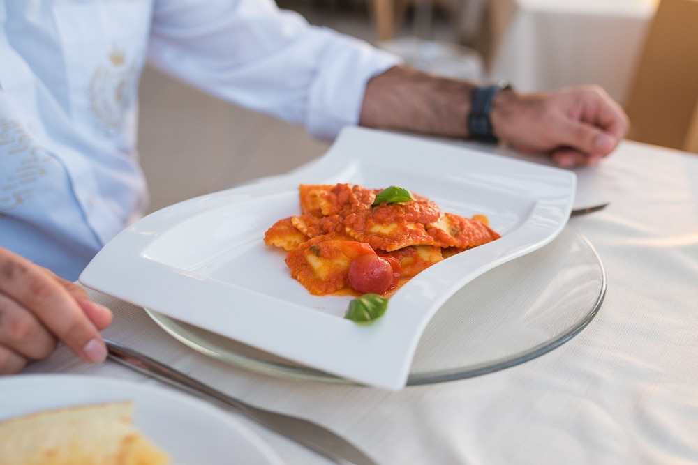바자로그리아 리조트(Bajaloglia Resort) Hotel Image 46 - Restaurant