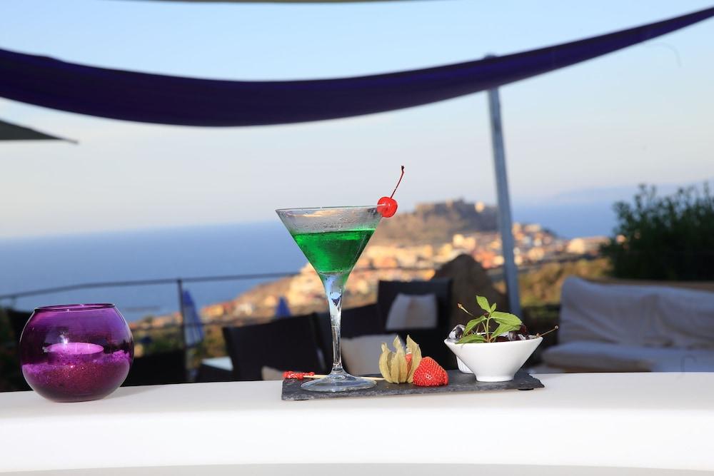 바자로그리아 리조트(Bajaloglia Resort) Hotel Image 54 - Hotel Lounge