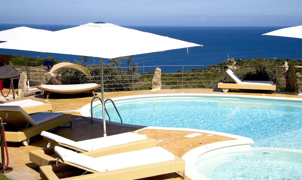 바자로그리아 리조트(Bajaloglia Resort) Hotel Image 3 - Pool