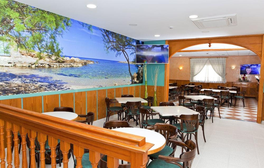 호텔 플라야 솔(Hotel Playa Sol) Hotel Image 0 - Featured Image