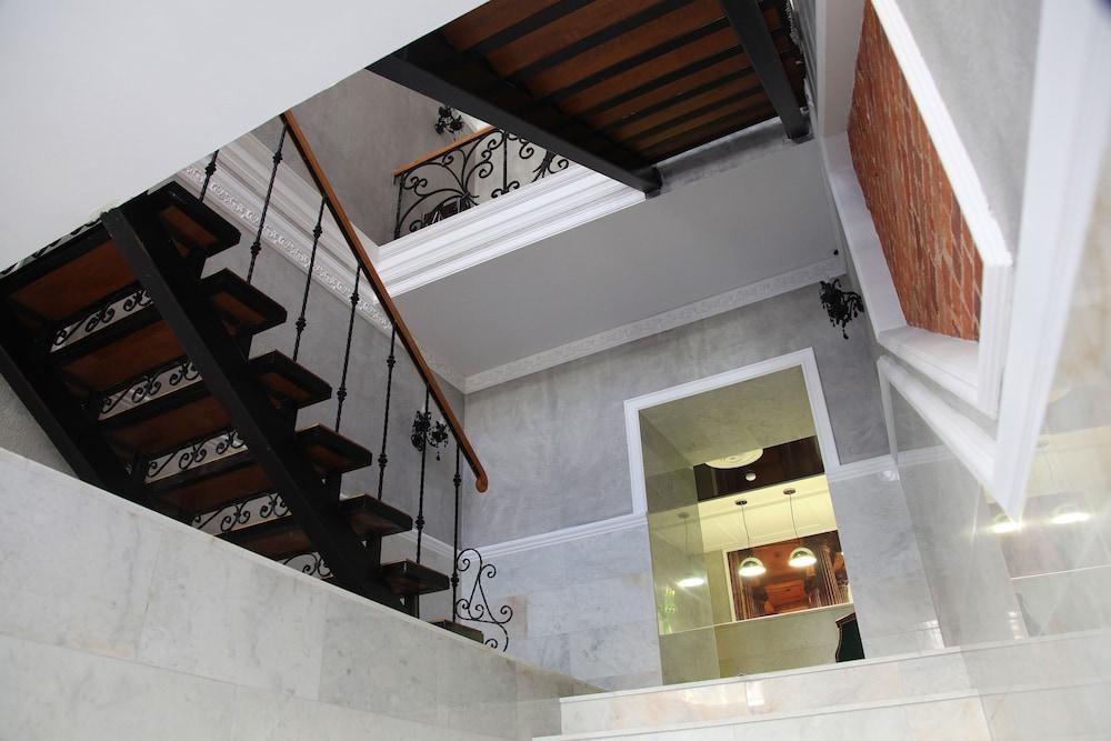 마틴 호텔(Martin Hotel) Hotel Image 27 - Staircase