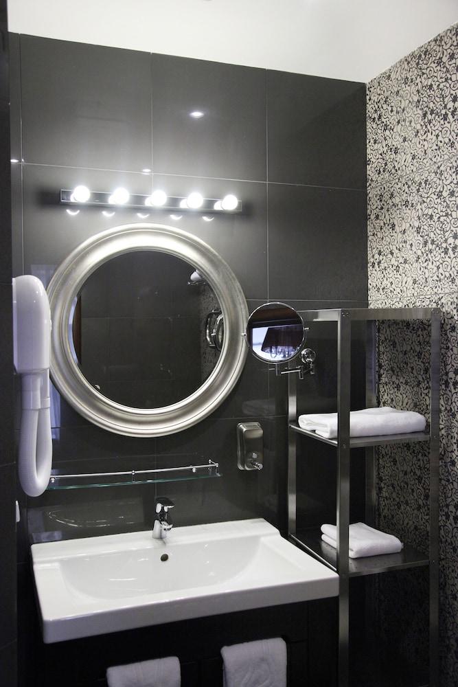 마틴 호텔(Martin Hotel) Hotel Image 20 - Bathroom
