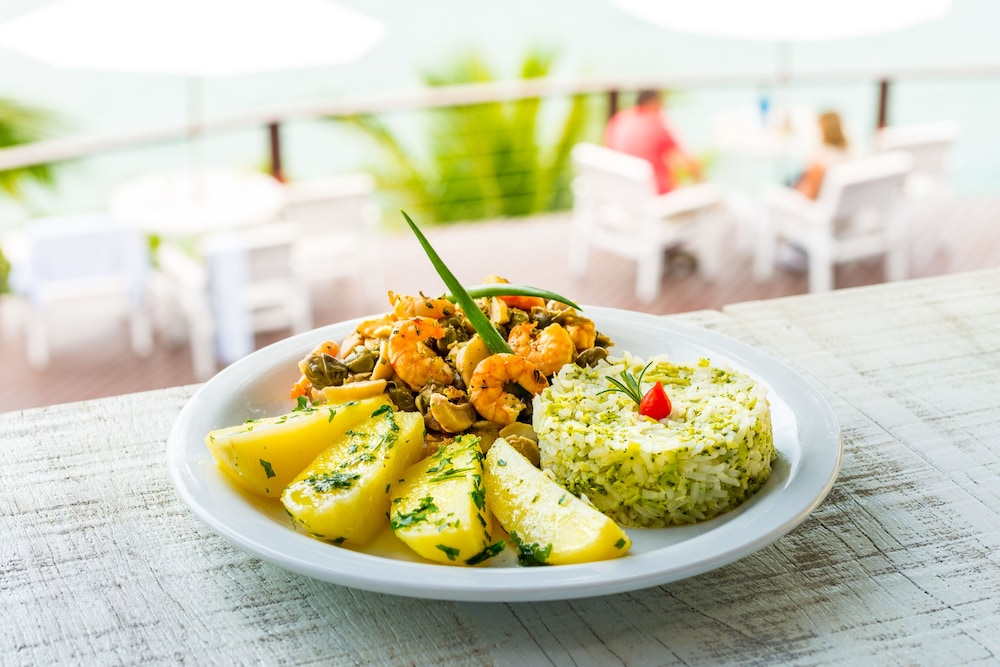 바라 두 피우바 포르투 호텔(Barra Do Piuva Porto Hotel) Hotel Image 108 - Food and Drink
