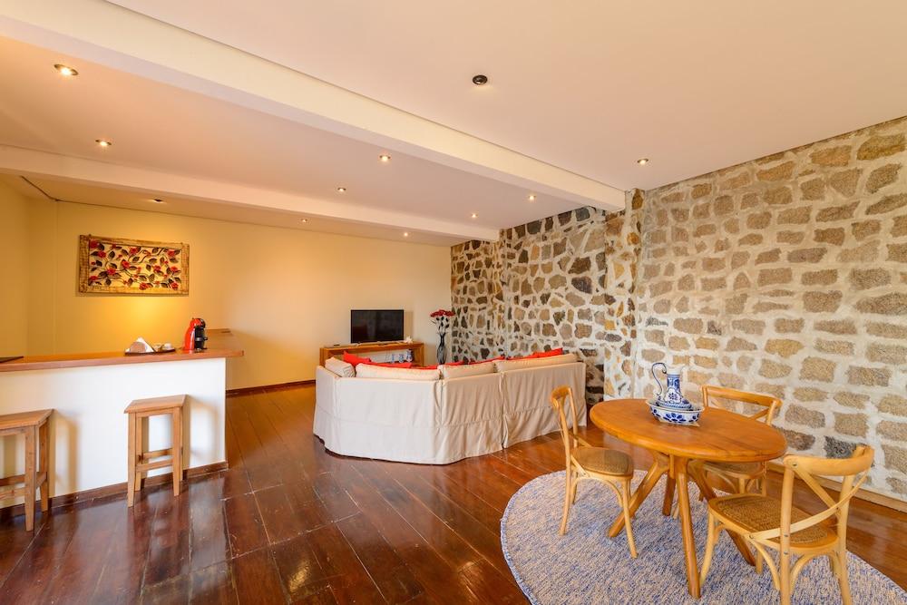 바라 두 피우바 포르투 호텔(Barra Do Piuva Porto Hotel) Hotel Image 56 - In-Room Dining