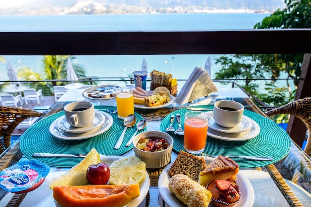 바라 두 피우바 포르투 호텔(Barra Do Piuva Porto Hotel) Hotel Image 119 - Breakfast buffet