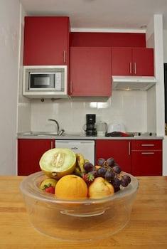 아파르타멘토스 솔(Apartamentos Sol) Hotel Image 5 - In-Room Kitchen