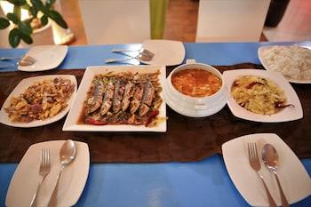 Flora East Resort and Spa Boracay Restaurant