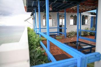 Flora East Resort and Spa Boracay Courtyard