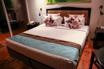 Flora East Resort and Spa Boracay Guestroom