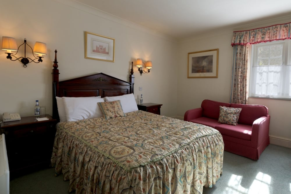 반스데일 로지 호텔 앤드 레스토랑(Barnsdale Lodge Hotel and Restaurant) Hotel Image 9 - Guestroom