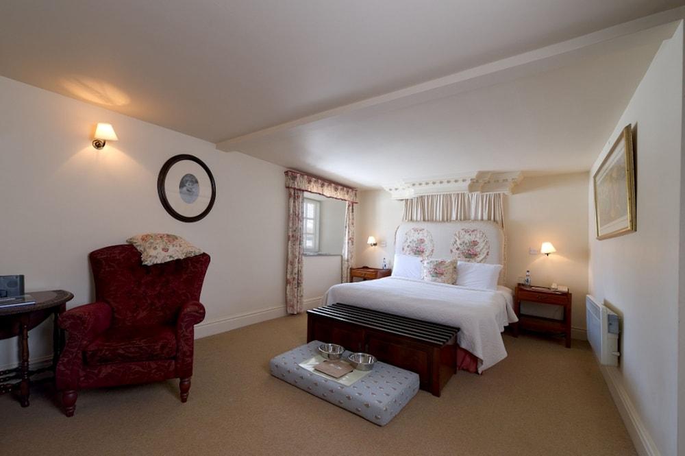 반스데일 로지 호텔 앤드 레스토랑(Barnsdale Lodge Hotel and Restaurant) Hotel Image 8 - Guestroom