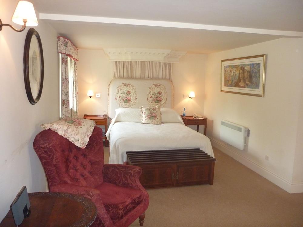 반스데일 로지 호텔 앤드 레스토랑(Barnsdale Lodge Hotel and Restaurant) Hotel Image 6 - Guestroom