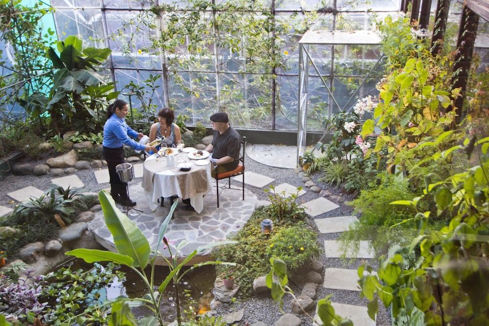 몬테베르데 로지 & 가든(Monteverde Lodge & Gardens) Hotel Image 46 - Couples Dining