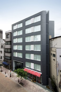 RESIDENTIAL HOTEL B:CONTE ASAKUSA Featured Image