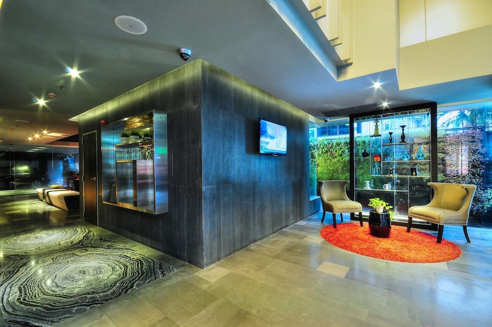 시트러스 수쿰윗 13 바이 컴패스 호스피탈리티(Citrus Sukhumvit 13 by Compass Hospitality) Hotel Image 3 - Lobby