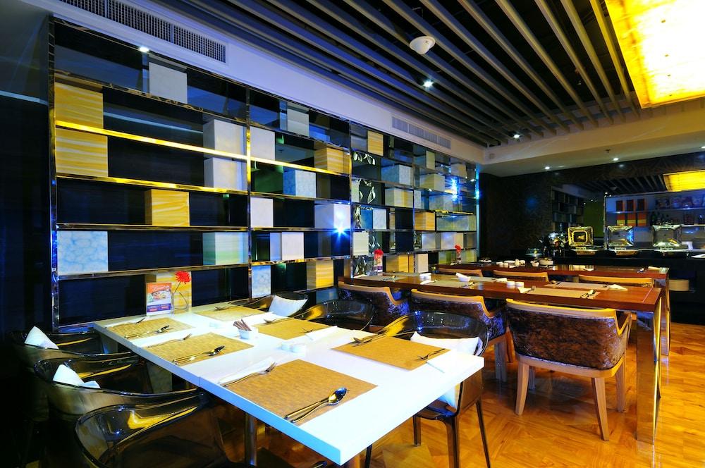 시트러스 수쿰윗 13 바이 컴패스 호스피탈리티(Citrus Sukhumvit 13 by Compass Hospitality) Hotel Image 25 - Restaurant