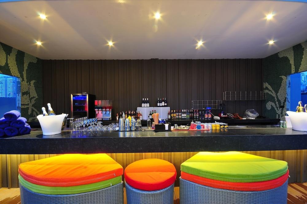 시트러스 수쿰윗 13 바이 컴패스 호스피탈리티(Citrus Sukhumvit 13 by Compass Hospitality) Hotel Image 26 - Hotel Bar
