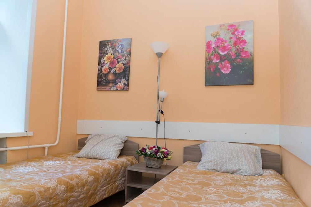 이데알 미니 호텔(Ideal Mini Hotel) Hotel Image 12 - Guestroom