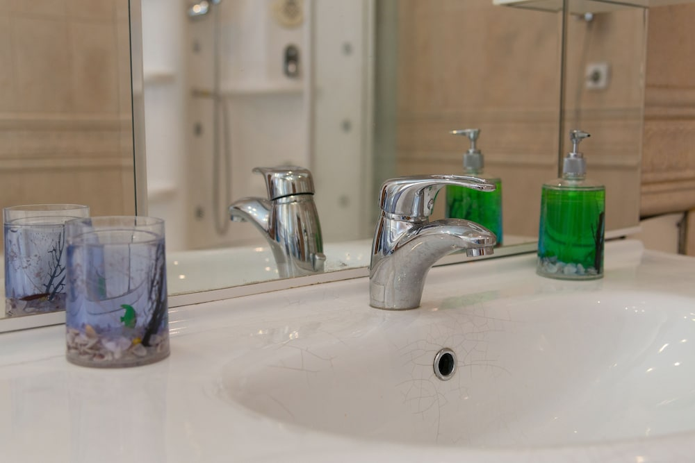 이데알 미니 호텔(Ideal Mini Hotel) Hotel Image 34 - Bathroom