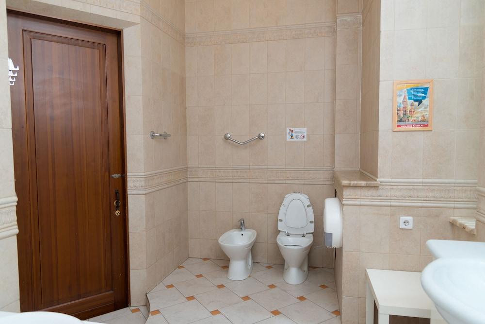이데알 미니 호텔(Ideal Mini Hotel) Hotel Image 37 - Bathroom