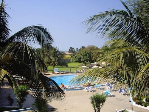 . Mansea Beach Hotel and Resort