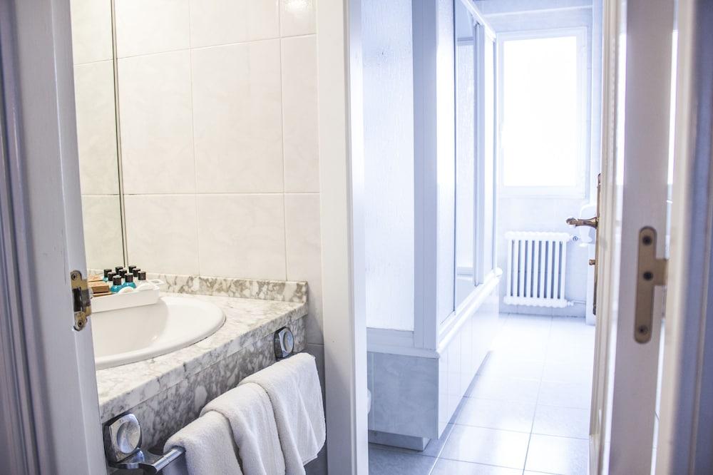 네스트 스타일 산티아고(Nest Style Santiago) Hotel Image 23 - Bathroom