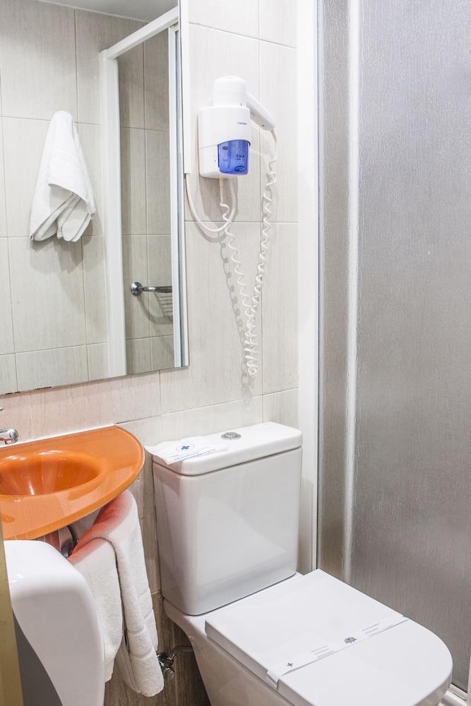 네스트 스타일 산티아고(Nest Style Santiago) Hotel Image 26 - Bathroom