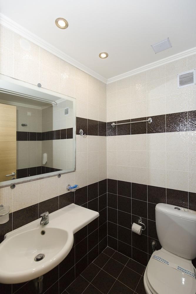 버지니아 호텔(Virginia Hotel) Hotel Image 25 - Bathroom