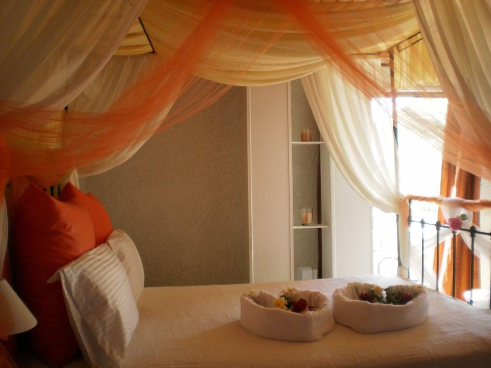 버지니아 호텔(Virginia Hotel) Hotel Image 7 - Guestroom