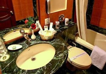 플로렌스 인(Florence Inn) Hotel Image 12 - Bathroom Sink