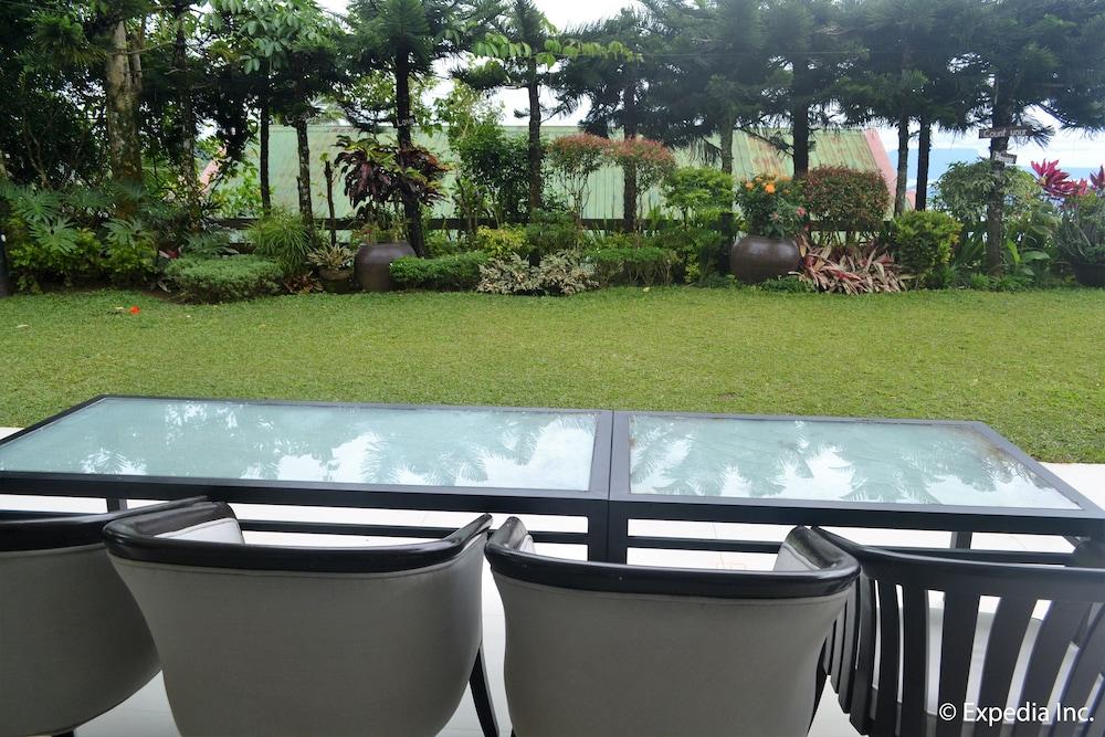 https://i.travelapi.com/hotels/5000000/4510000/4507100/4507052/451ddc41_z.jpg