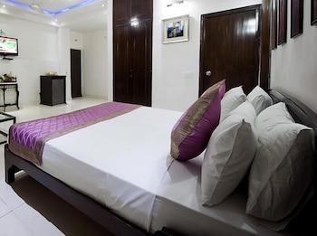 호텔 사르탁 팰리스(Hotel Sarthak Palace) Hotel Image 7 - Guestroom