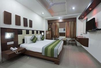 호텔 사르탁 팰리스(Hotel Sarthak Palace) Hotel Image 5 - Guestroom
