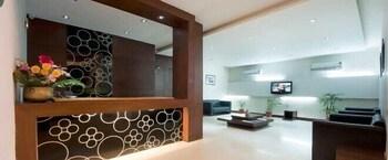 호텔 사르탁 팰리스(Hotel Sarthak Palace) Hotel Image 4 - Reception