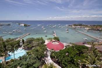 EGI Resort and Hotel Mactan Beach
