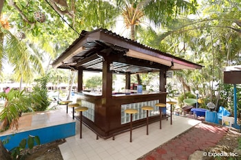 EGI Resort and Hotel Mactan Hotel Bar