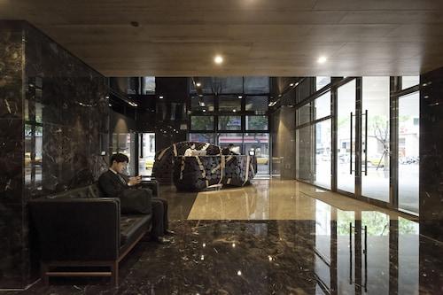 Gloria Residence, Taipei