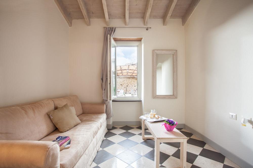 메이슨 트레스누라게스(Maison Tresnuraghes) Hotel Image 30 - Living Area