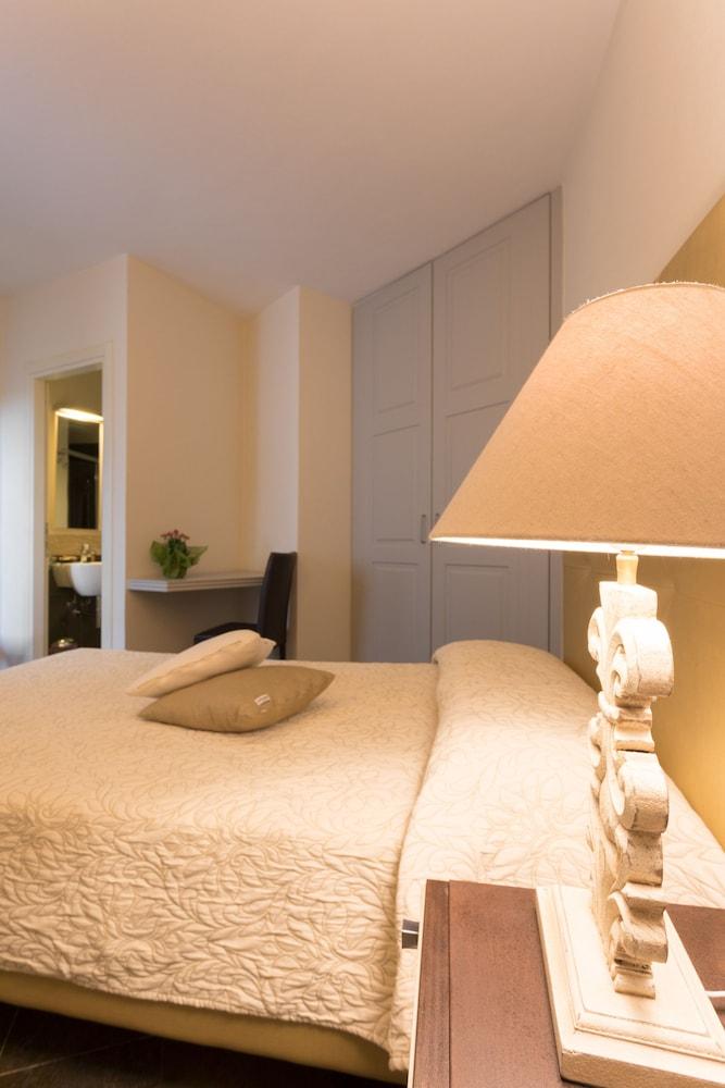 메이슨 트레스누라게스(Maison Tresnuraghes) Hotel Image 5 - Guestroom